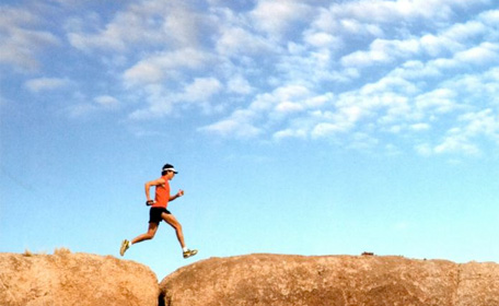 "Run with Scott Jurek Tomorrow in NYC, and Read ""Eat and Run"" (ALSO Listen to Him On Our Podcast THIS WEEKEND!)"