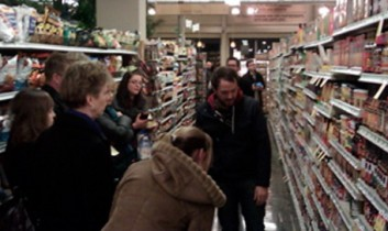 Host a Vegan Tour of a Grocery Store