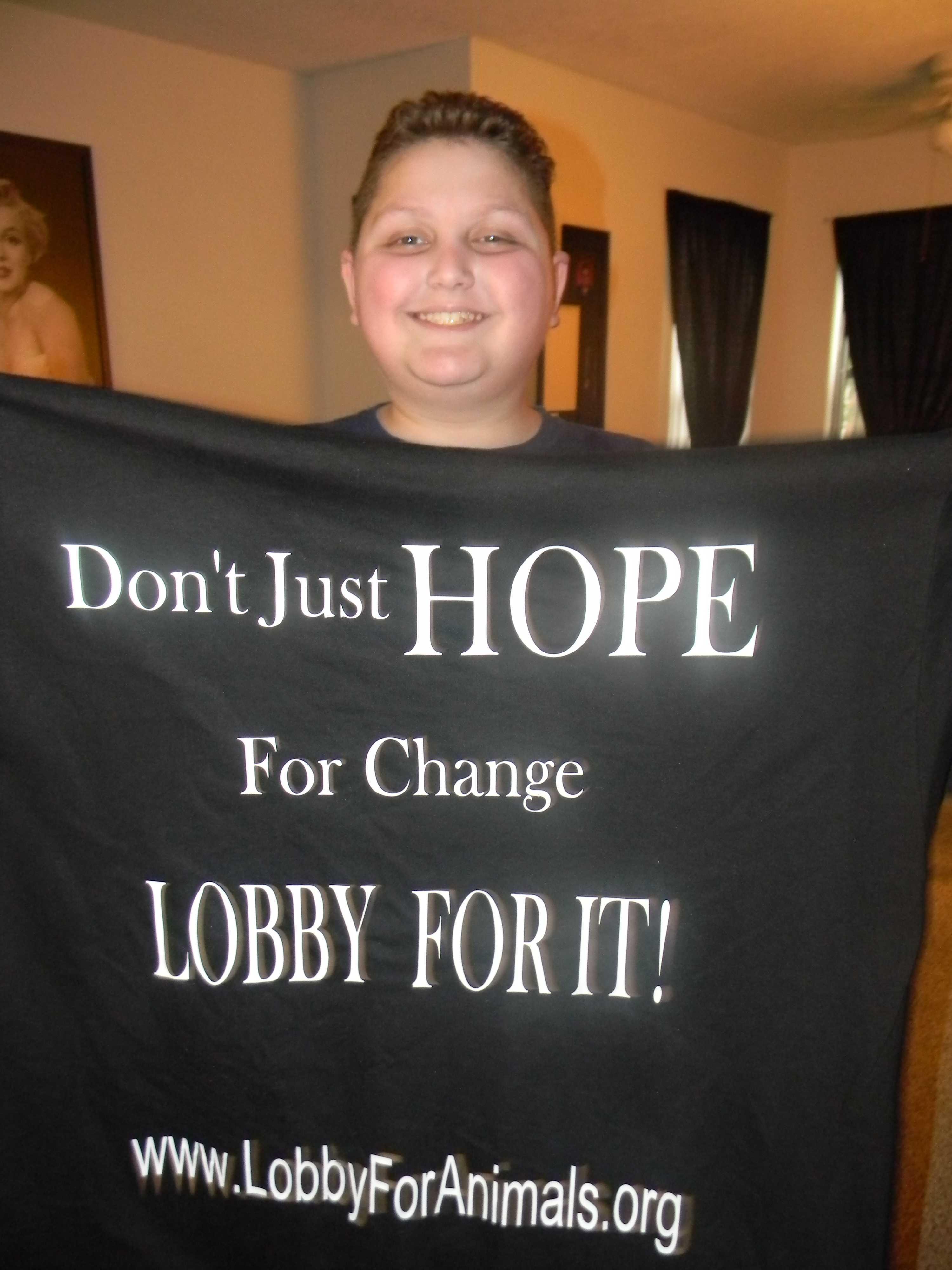 thomas-lobby-shirt