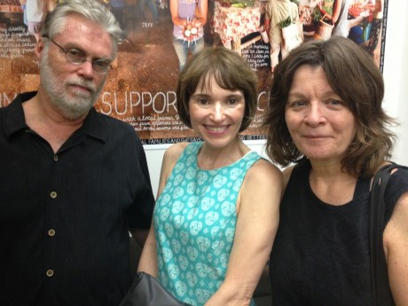 We ran into our friends William Melton (left) and Victoria Moran (middle) -- there's Mariann on the right. (BTW, yep, it's that Victoria.)