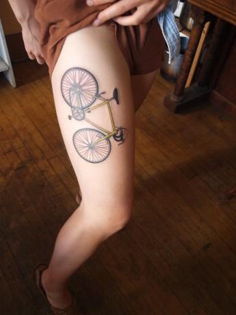 Alessandra's new tattoo!