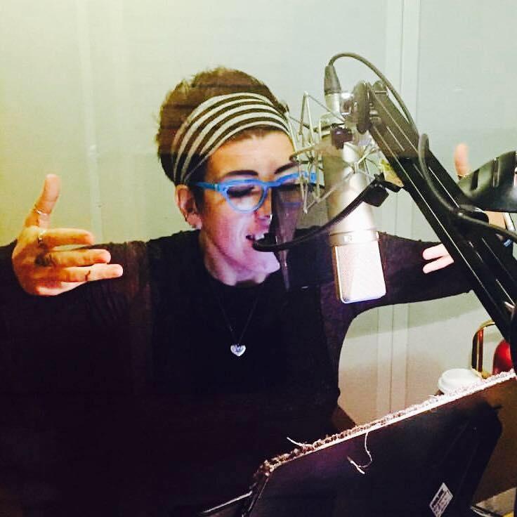 Jasmin records her audiobook!
